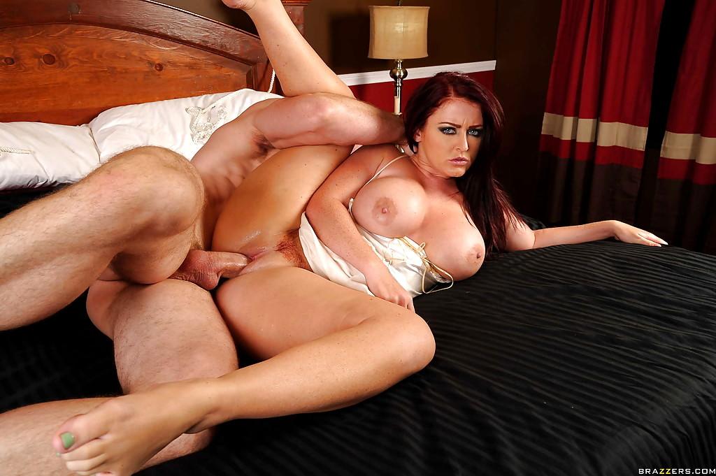 sofi-di-porno-aktrisa