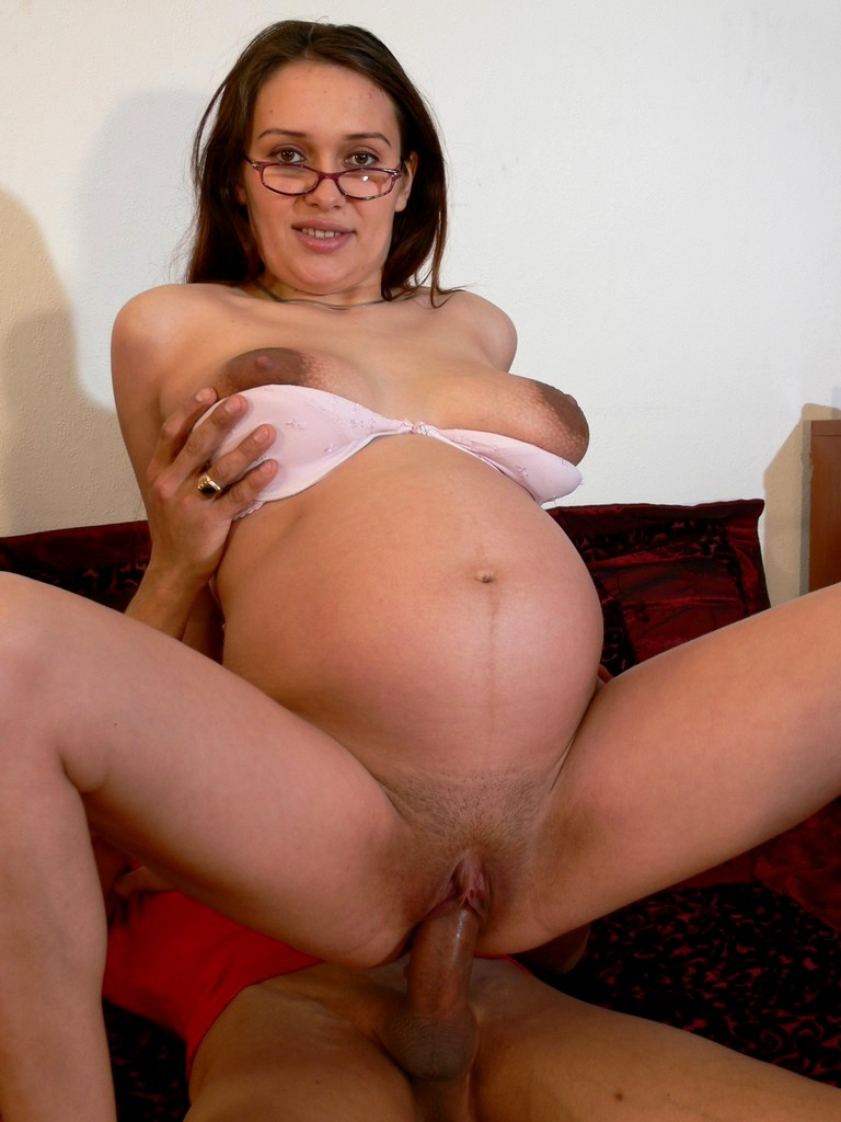Free pregnant xxx, frat party nudity