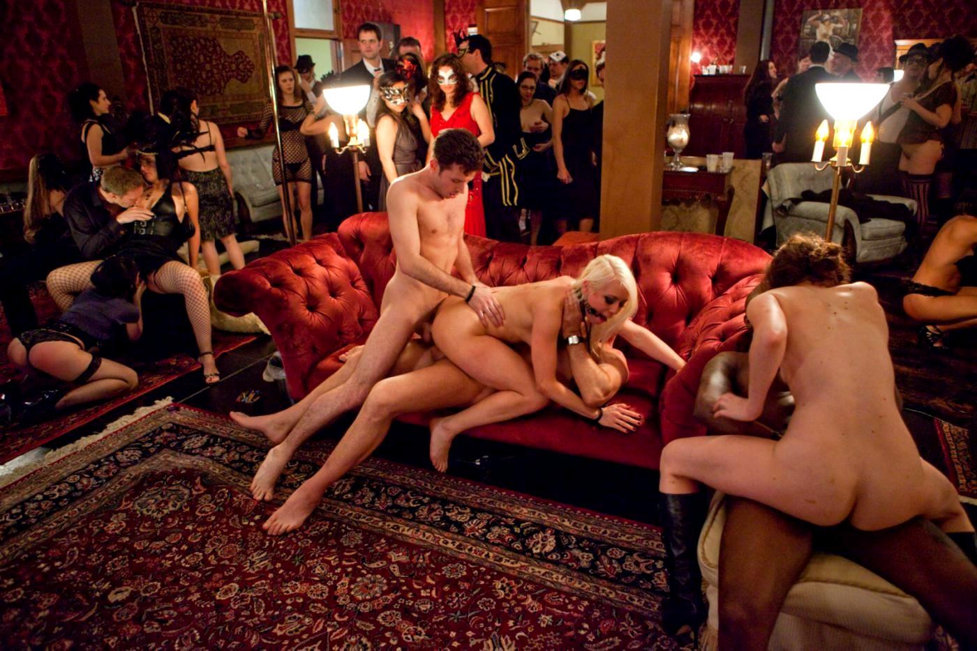 Развратное поколение порно смотреть, Полный разврат в виде группового секса и красавице 26 фотография