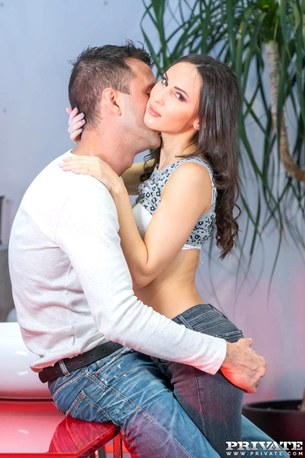 Kisses Lilu Porno Anal