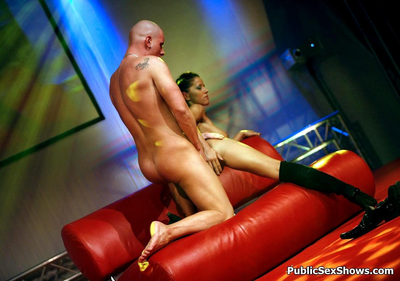 Live Shows Porn Pics, Live Show Sex Images