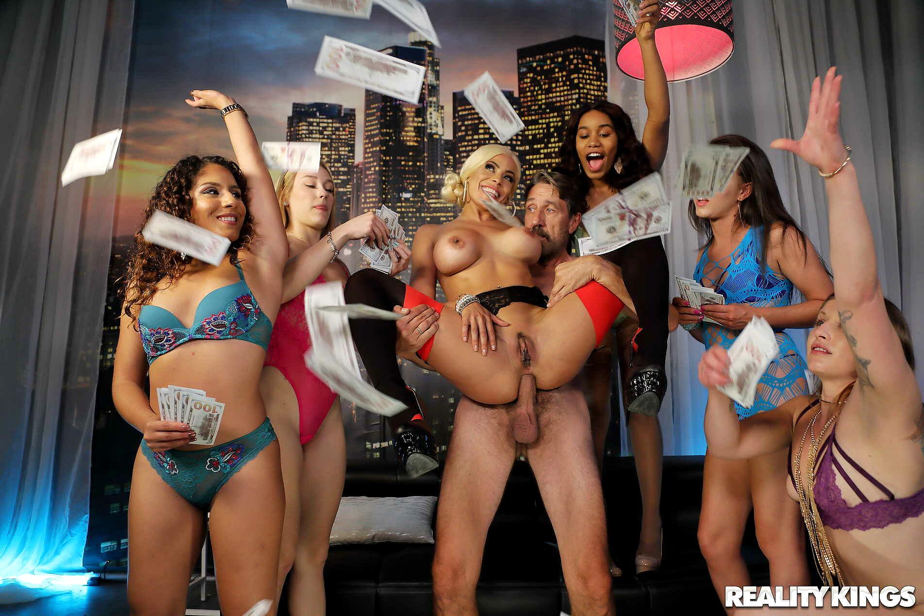 super hot naked girls free