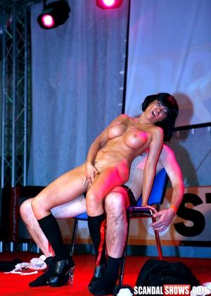 Порно ролики на сцене 32801 фотография