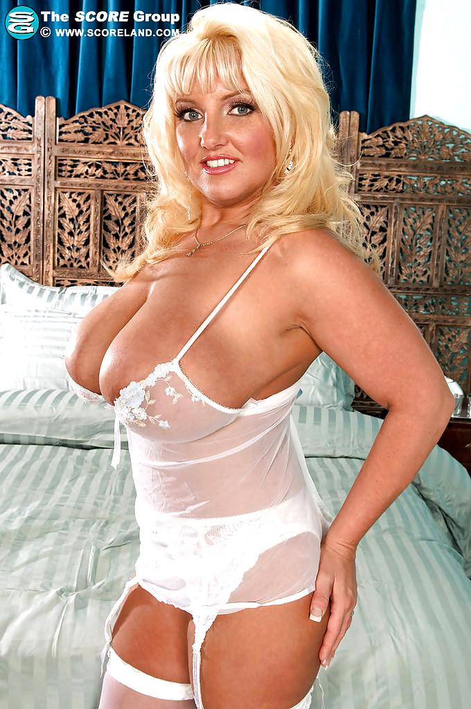chubby women sex pics