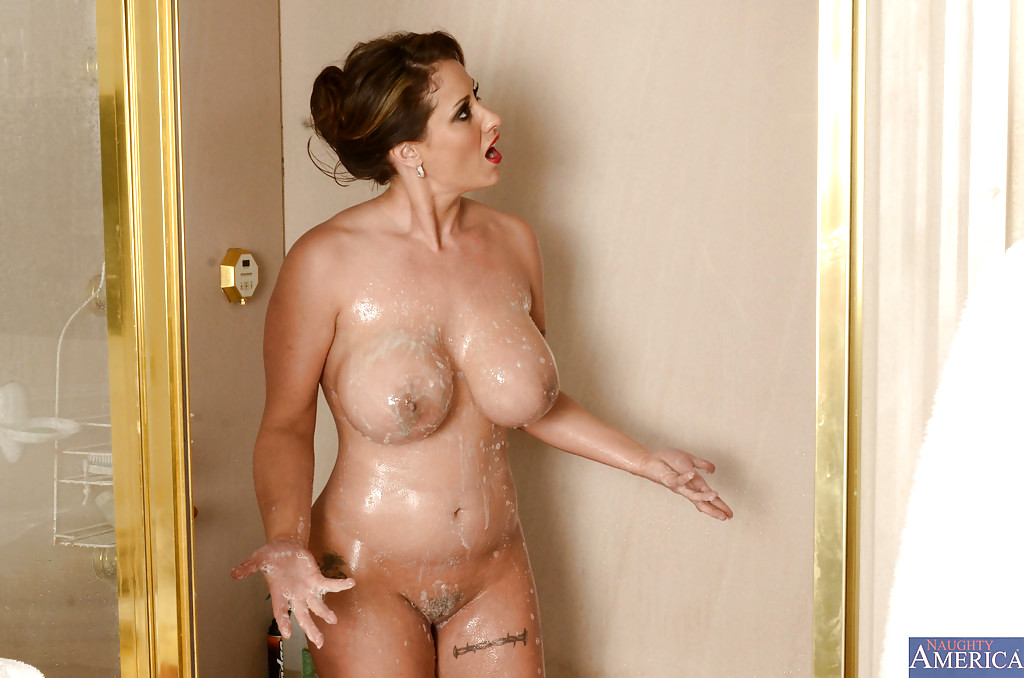 Free mom and son shower porn pics