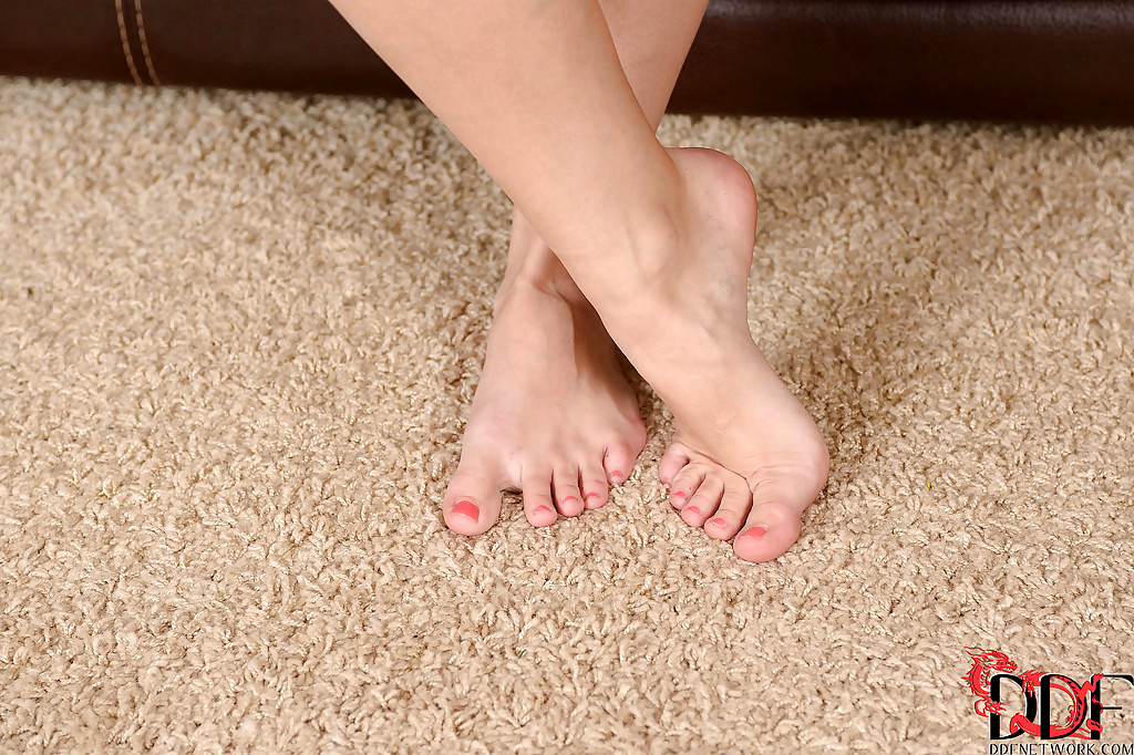 Foot fetish research-2041