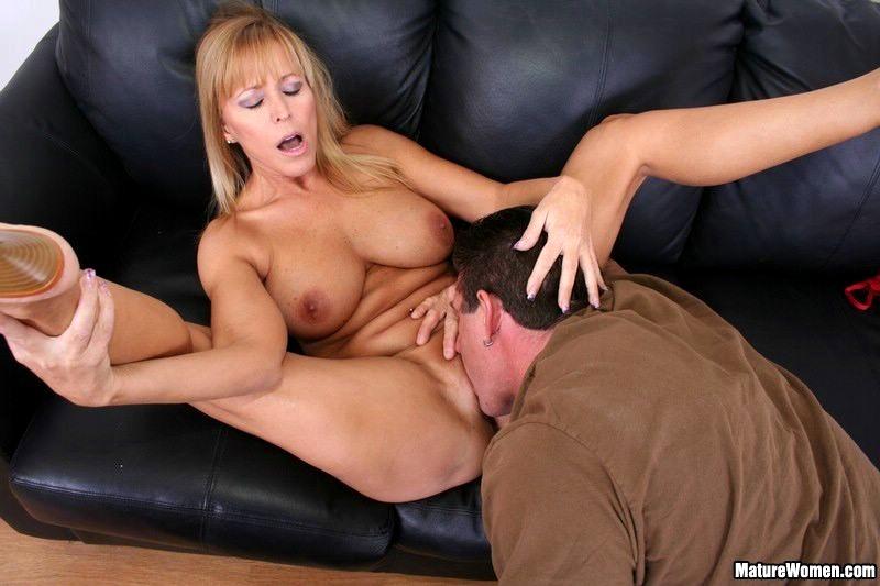 Nicole Moore Fucks Her Sons Friend