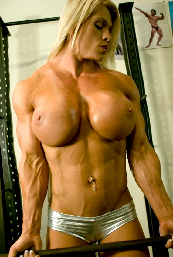 glory-hole-female-bodybuilder-titties-lesbian-hardcore