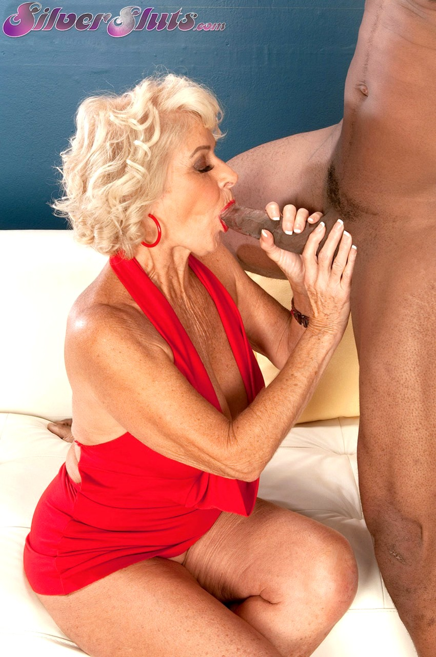 Lady Sucking 3