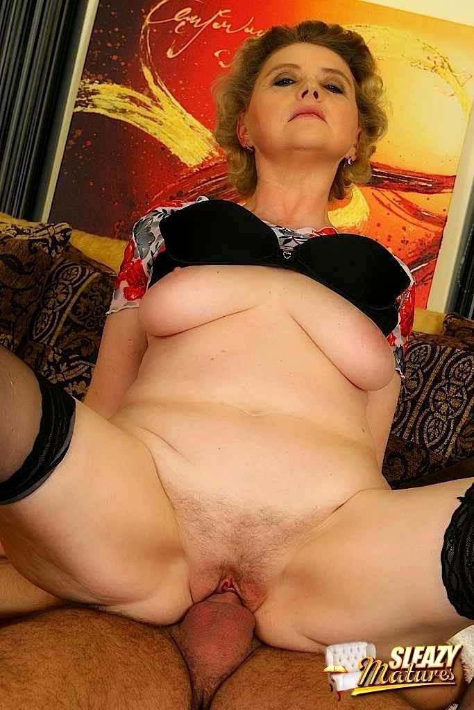 Svetlana mature nude pics #13