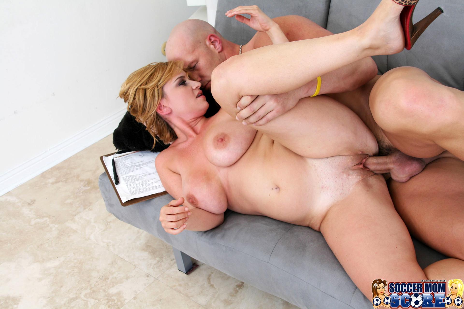 Wrestling mom hd