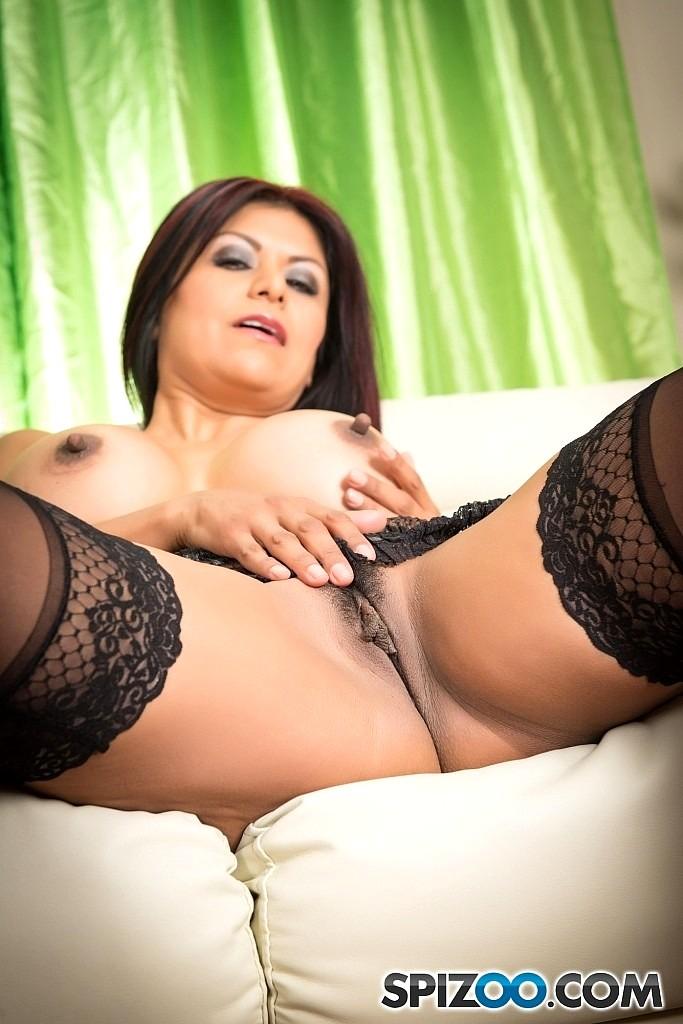 Gabby quinteros anal
