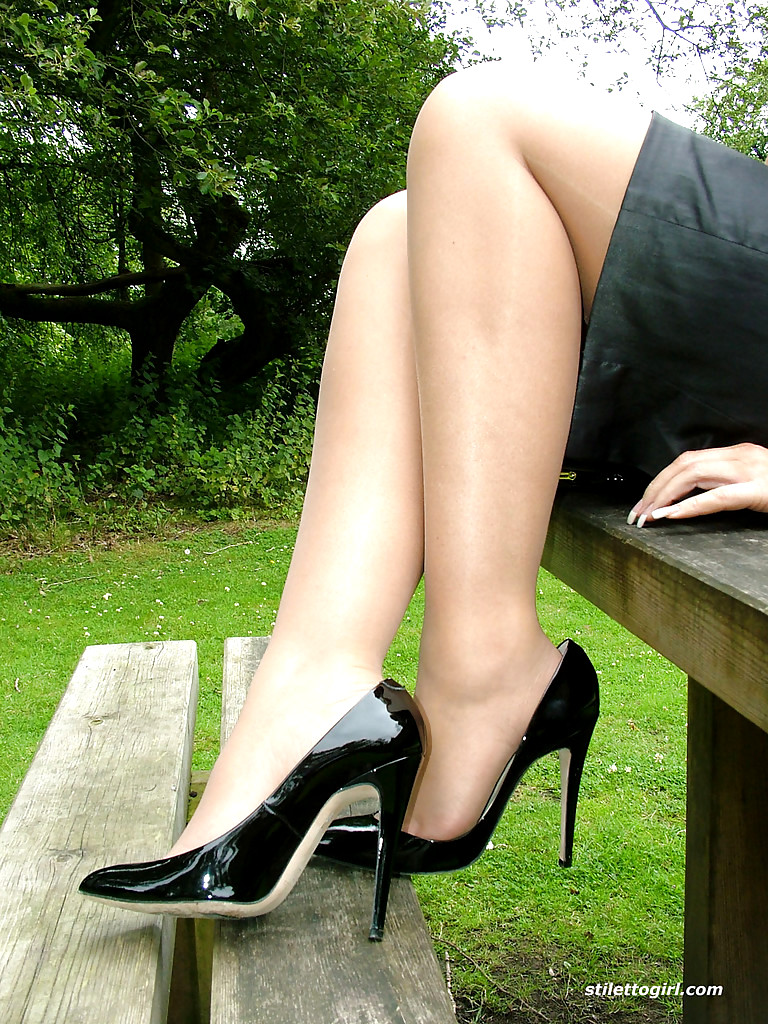 Sex Hd Mobile Pics Stiletto Girl Jess Various Clothed