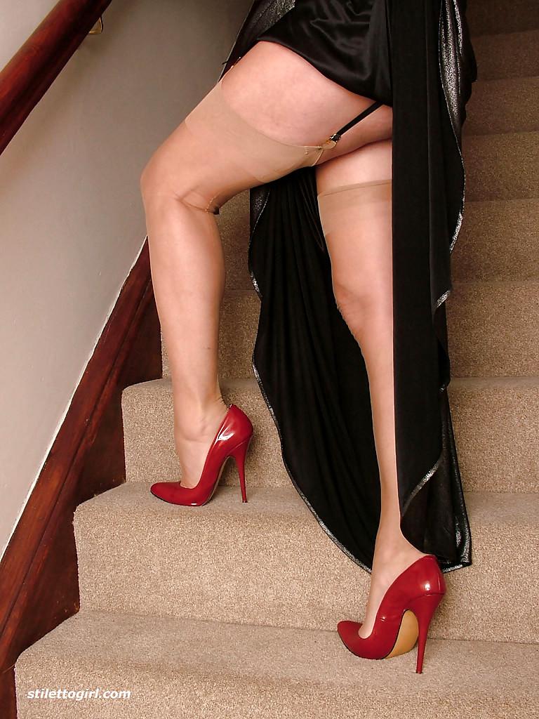 Sex high heels pics