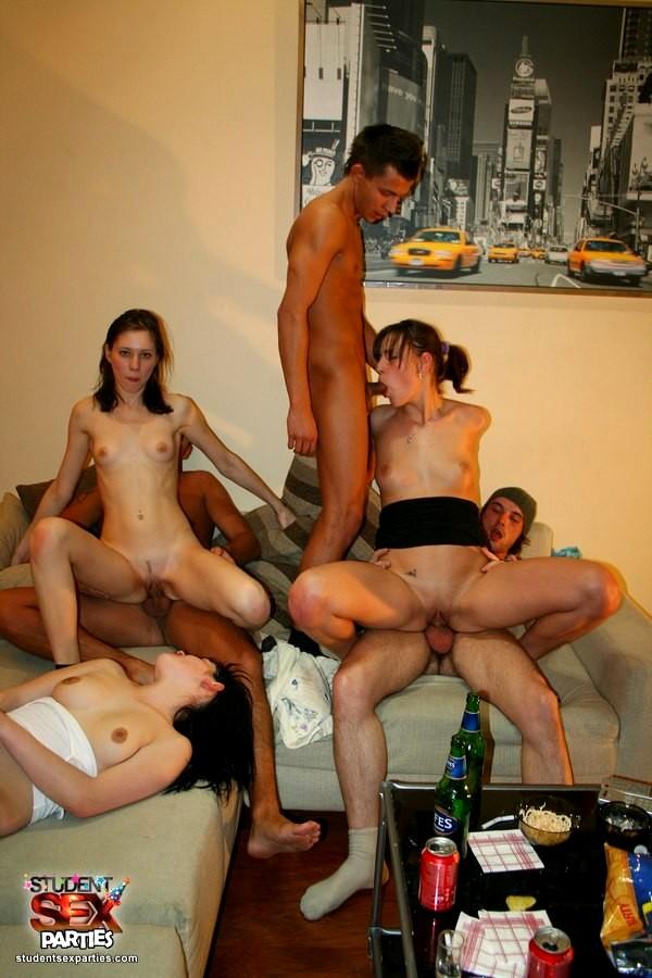 Секс фото смотреть студенты 59308 фотография