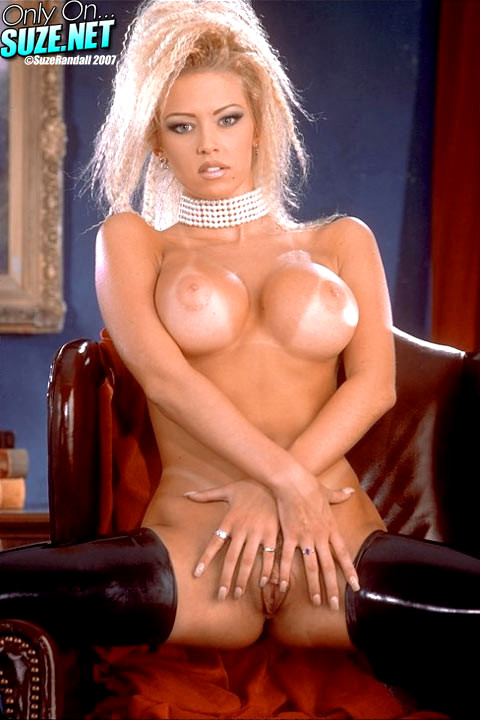XXX photo Blog boob perky