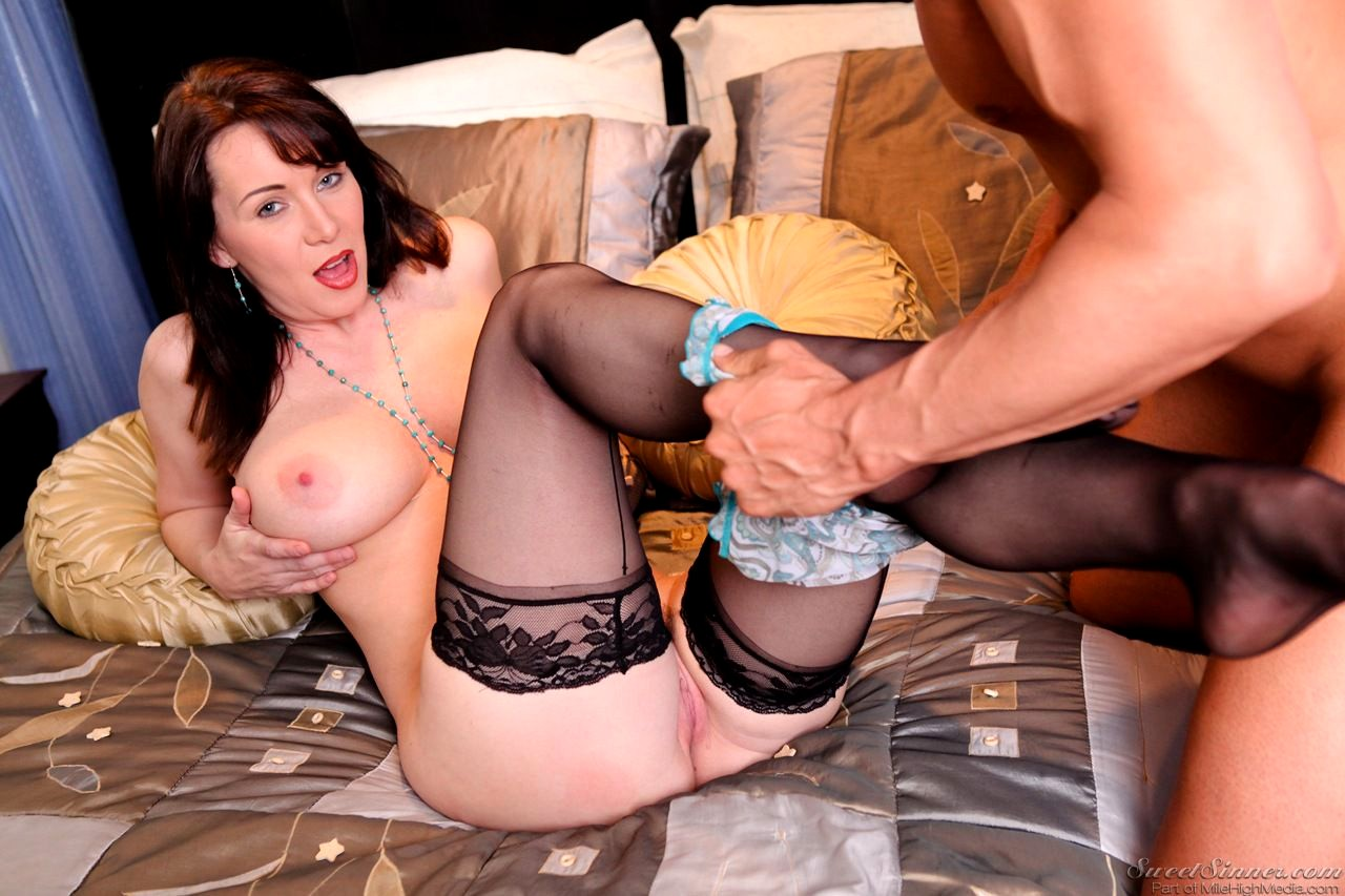 Amateur swinger milf in white stockings sucking and fucking in homemade photo