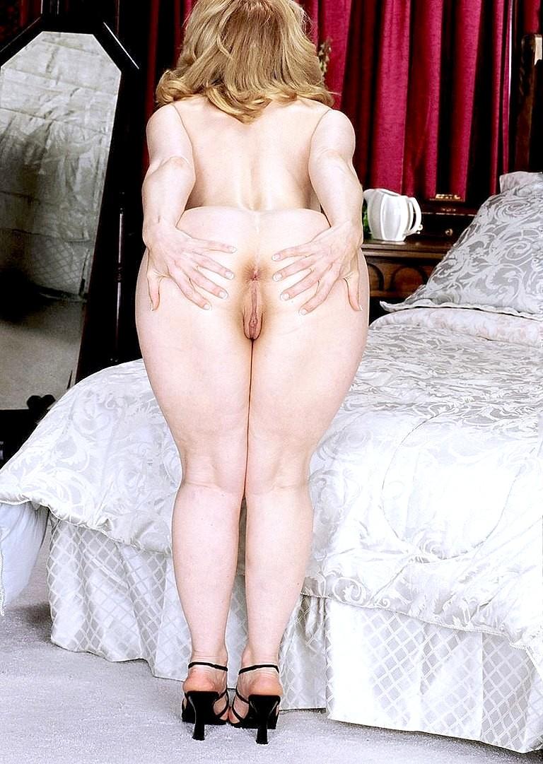 Nina Hartley Lesbian Orgy