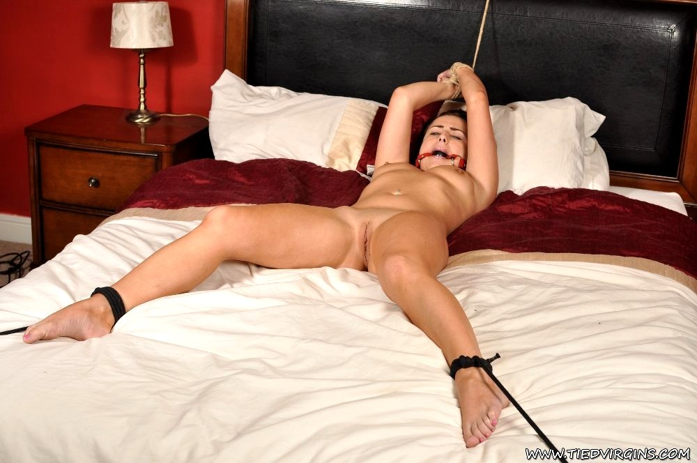 tied-ass-spread-naked