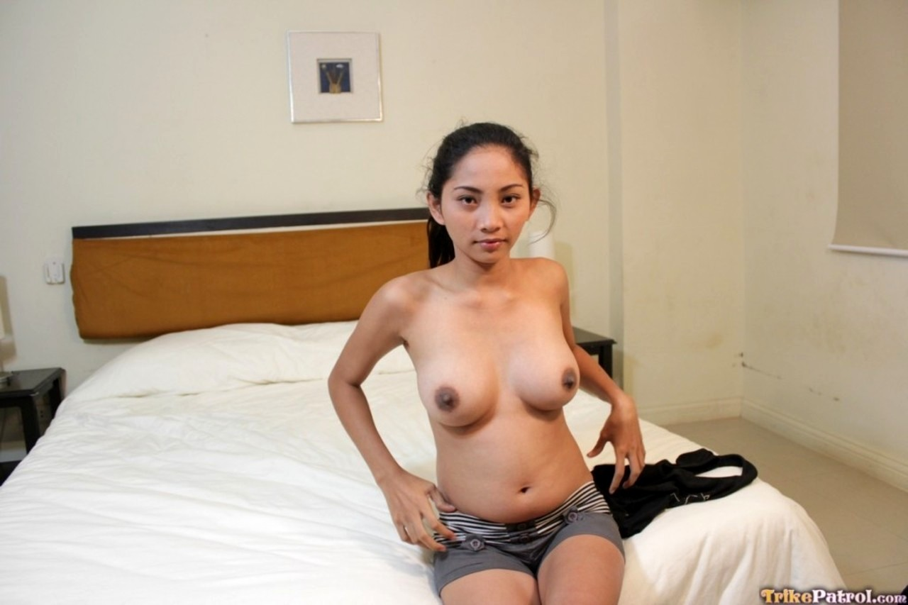 filipina-nude-chick-rave-girl-tits