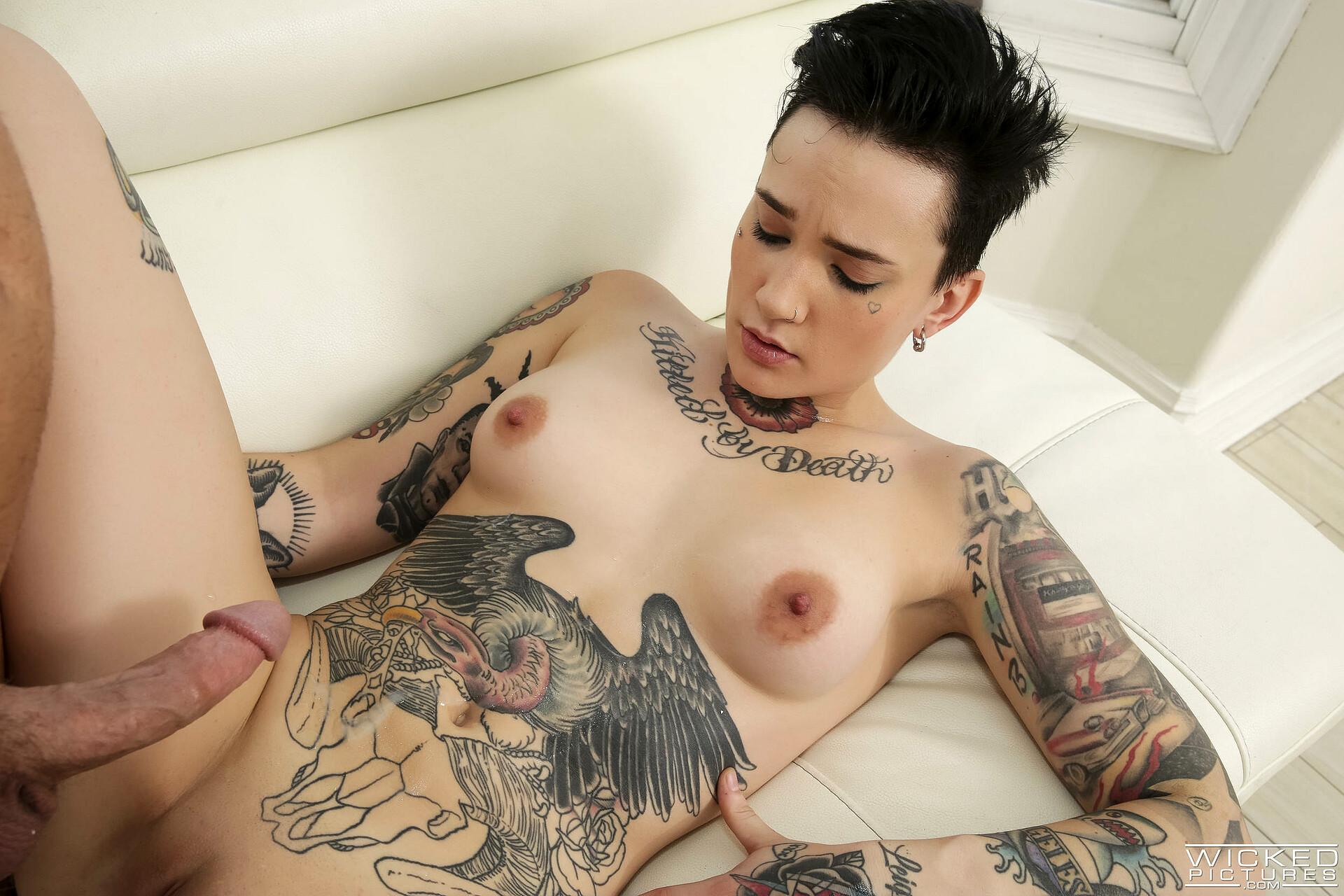 Nikki Hearts Porn