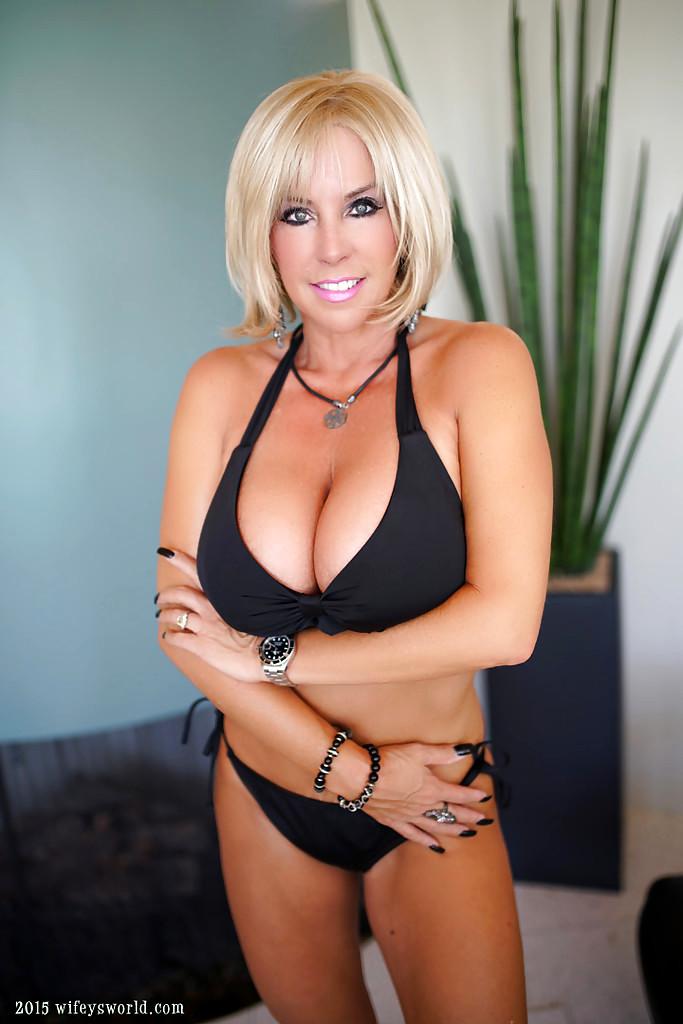 Sex HD MOBILE Pics Wifeys World Sandra Otterson Exxxtra