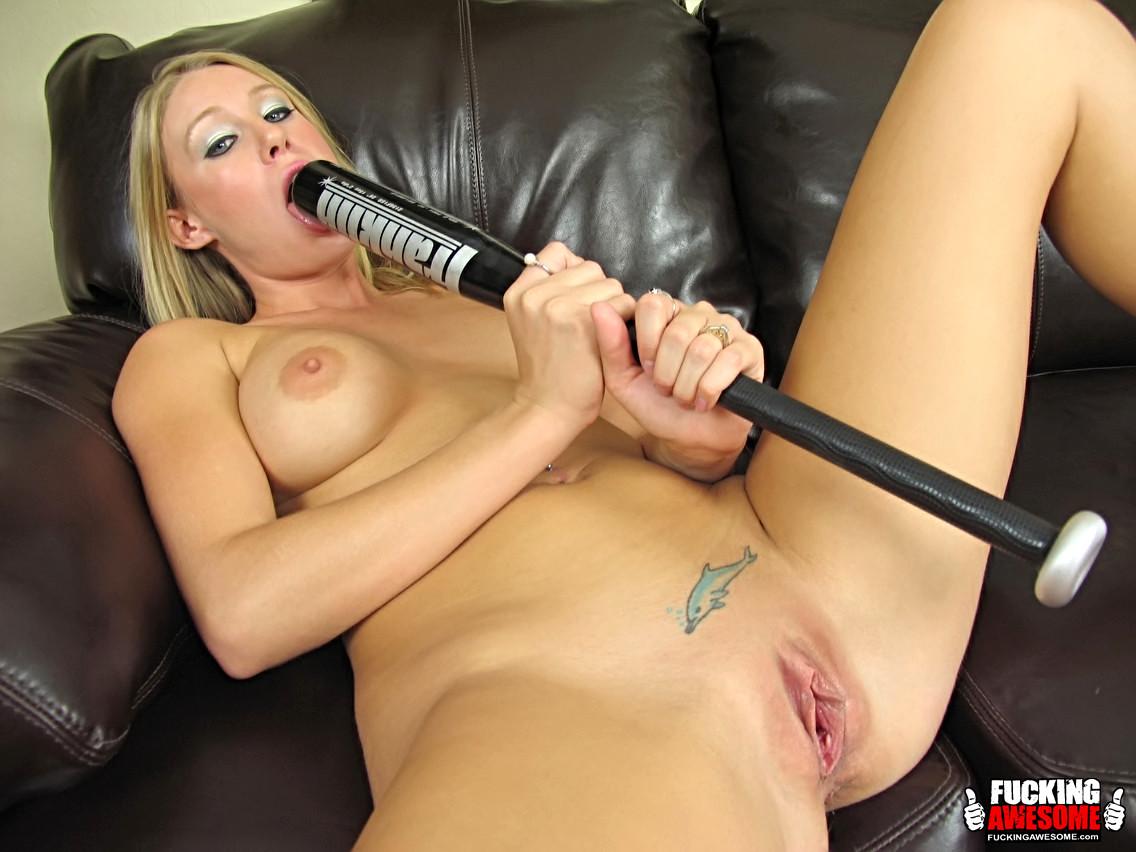 beautiful blonde blow job