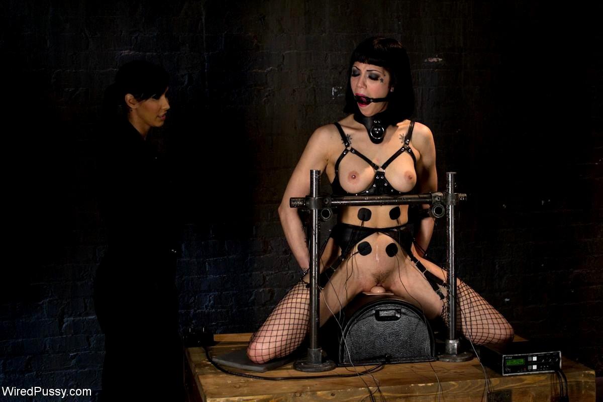 Bondage To Isis Love And Asphyxia Noir Movie Pics