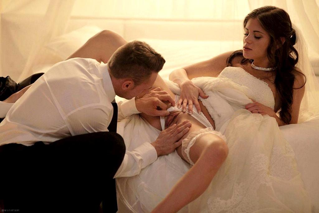 Русская групповая первая брачная ночь