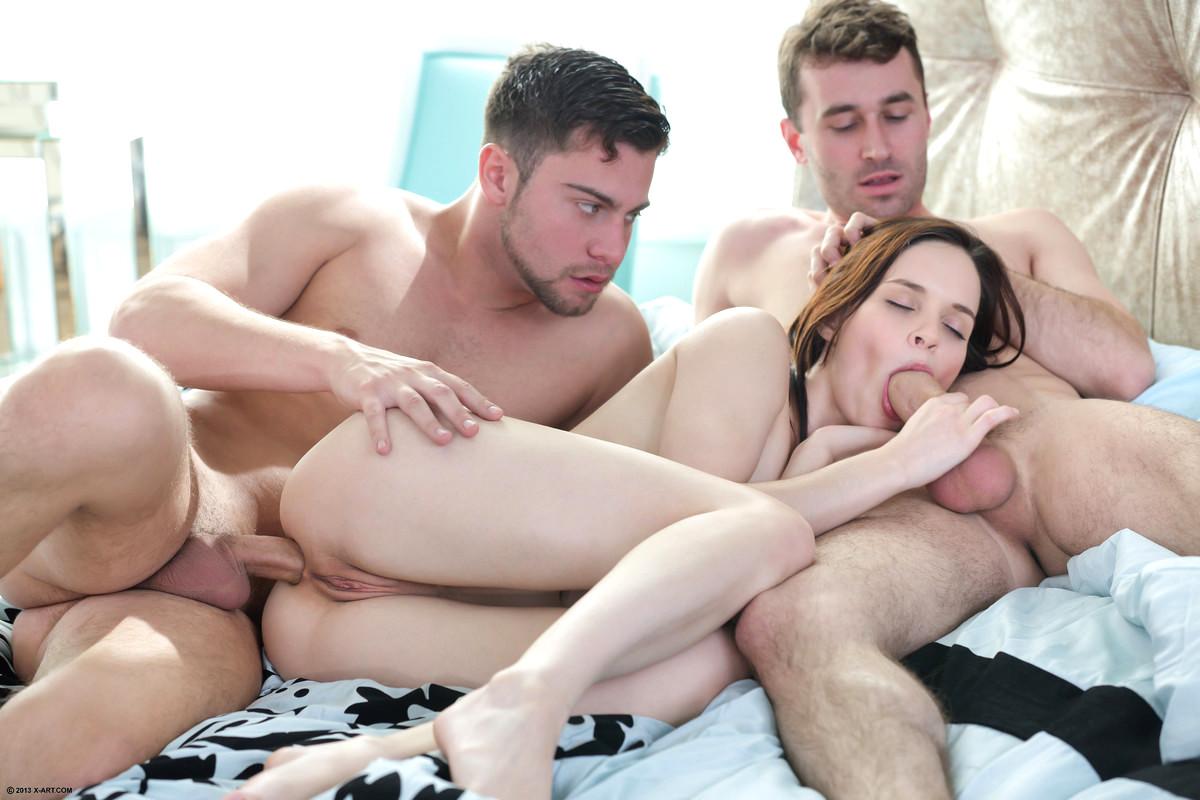 Free threesome sex stories guy new york