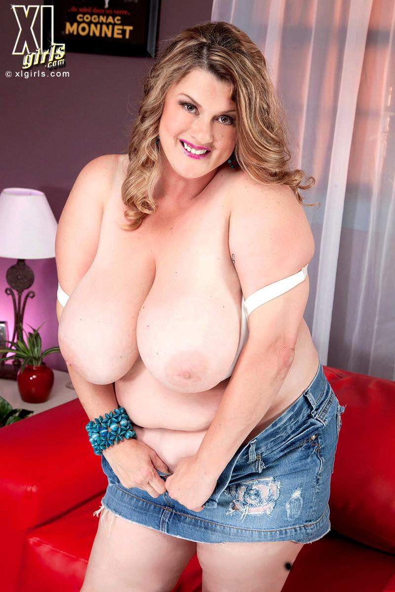 Young girl big booty fucked hard
