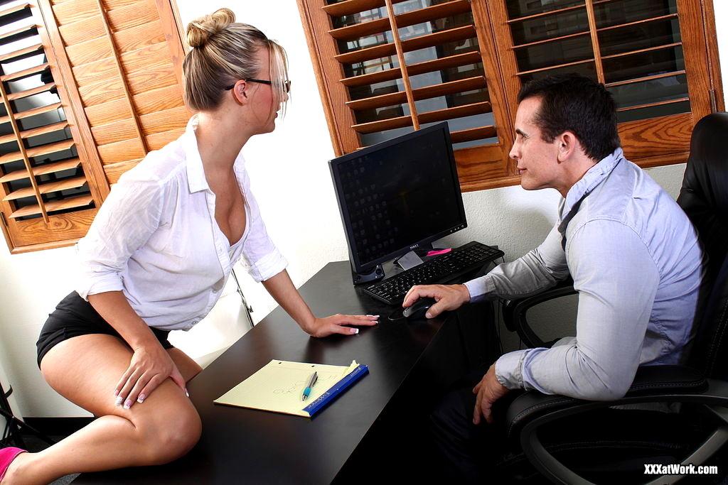 секретарша занялась сексом с начальником говорила отсутствии