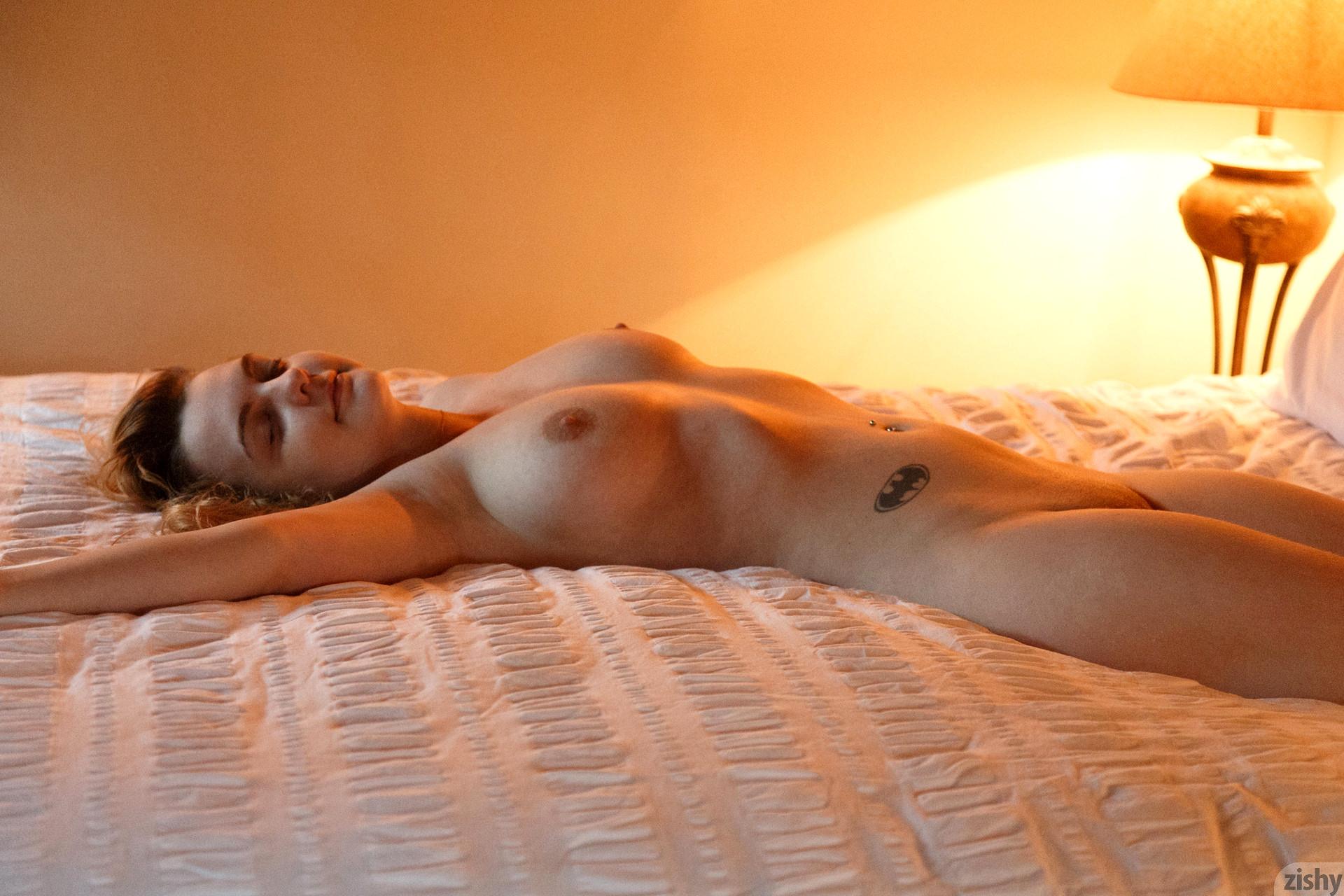 riley reid pantyhose