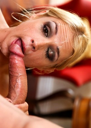 1000facials Sarah Vandella Joyful Stockings Screenshots