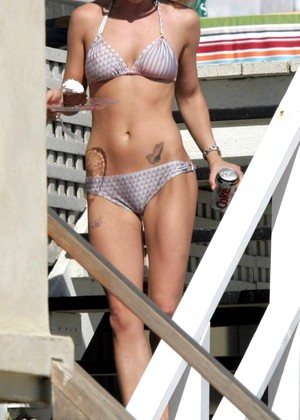 100cameltoe 100cameltoe Model Top Rated Celebrities Honey