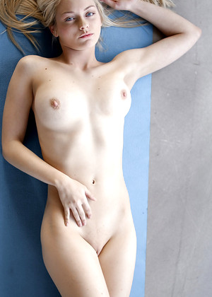 18yearsold Alli Rae My Shaved Planet