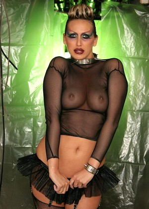 21sextreme Mandy Bright Sweet Fishnets File