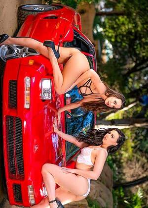 21sextury Abigail Mac Whitney Wright Pornolar High Heels Hd Phts