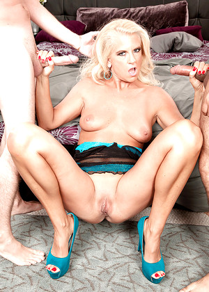Samantha Ray jpg 8