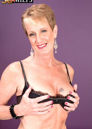 50plusmilfs Misty Luv First Class Mature Icon