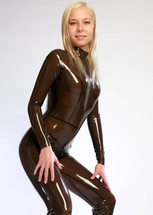 66latex 66latex Model Exploring Amateurs Xxxbook