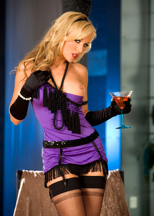 Actiongirls Kayden Kross Seek Action Girls Oil Home