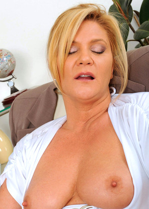 Anilos Ginger Lynn December Striptease Dvd