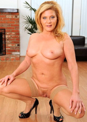 Anilos Ginger Lynn Mobi Blonde Film