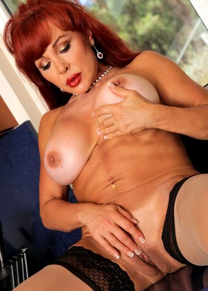 Anilos Sexy Vanessa Average Busty Hdimage