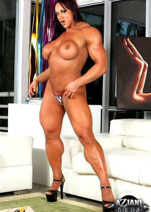 Azianiiron Amber Deluca Hdef Naked Muscle Babe Porn Secrets