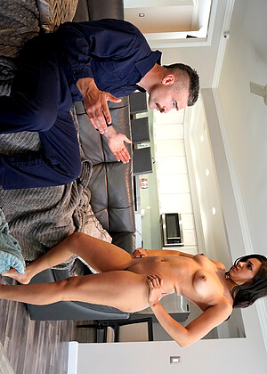 Bangbrosnetwork Diamond Banks Sexicture Couch Hdvideos