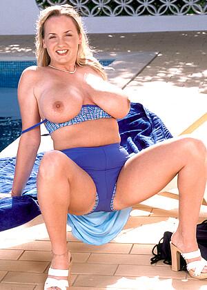Nackt Jessica Turner  Jessica Turner