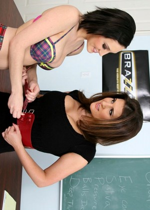 Bigtitsatschool Mindy Main Austin Kincaid Brand New Big Tits Xxxcam