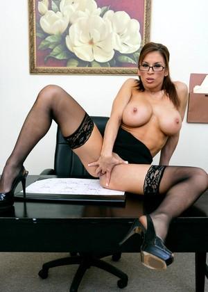 Speaking, Zeb atlas hot milf mini skirt think only!